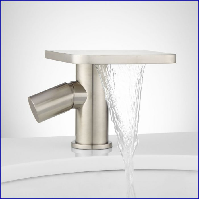 Single Hole Bathroom Faucets Brushed Nickel