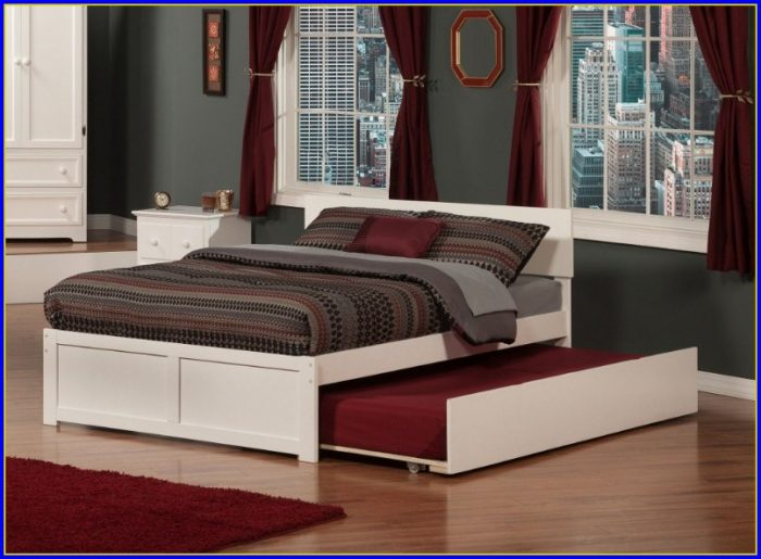 Upholstered King Bed With Footboard
