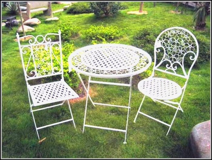 Vintage Metal Patio Furniture