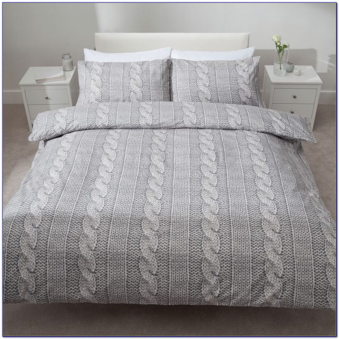 Cable Knit Bedding Pattern