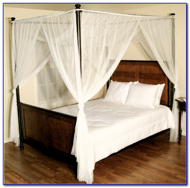 Canopy Bed Drapes Ceiling