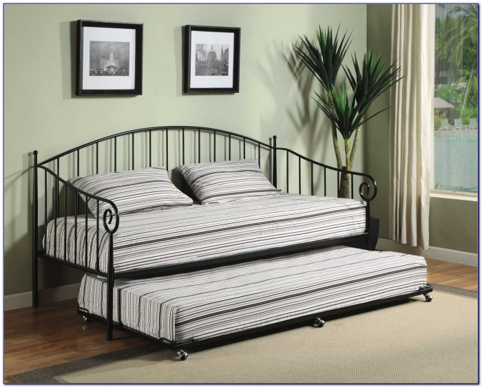 Twin Size Sleigh Bed Trundle White Finish