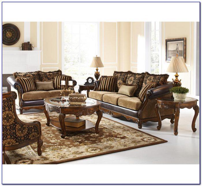 Badcock Living Room Chairs