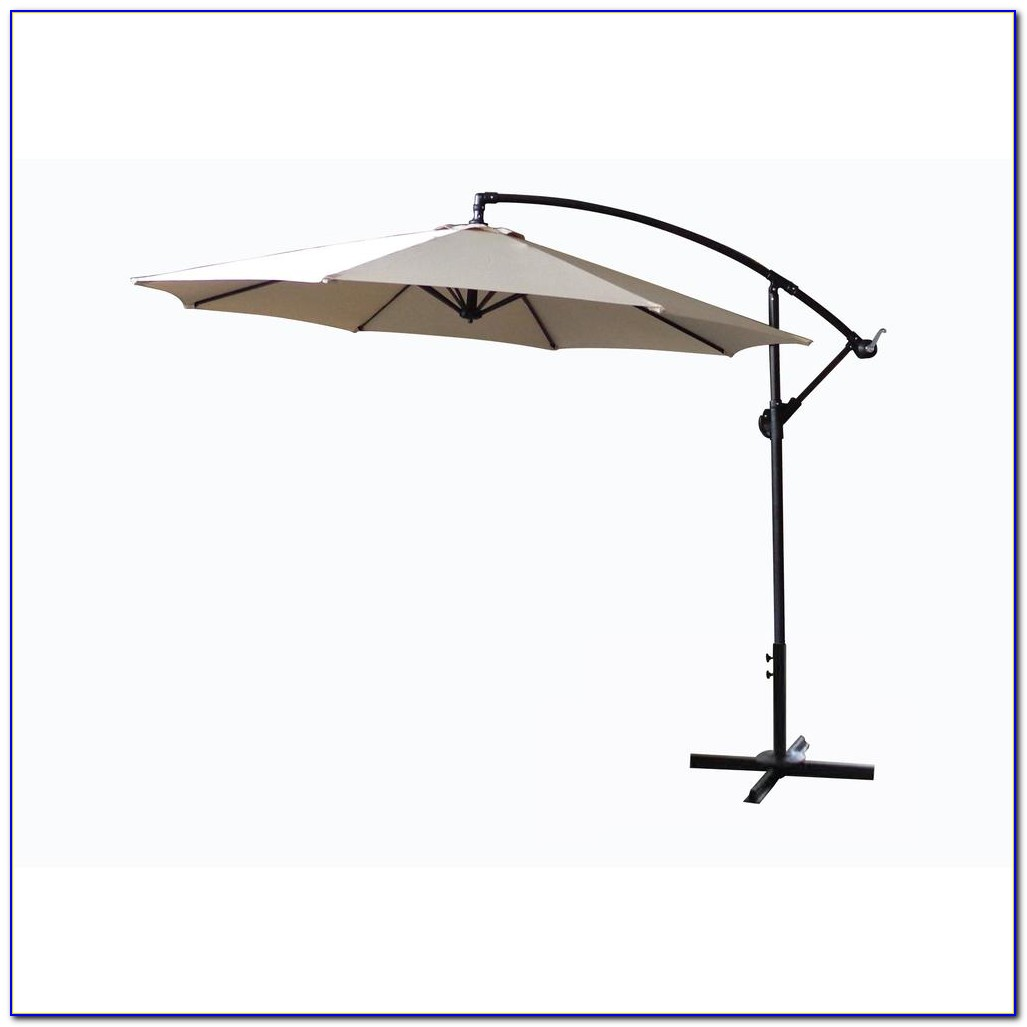 Hampton Bay Patio Umbrella With Solar Lights