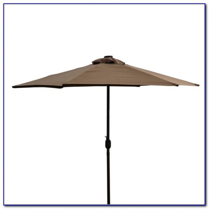 Lighted Patio Umbrella Solar