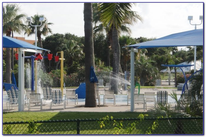Palm Beach Moody Gardens Food