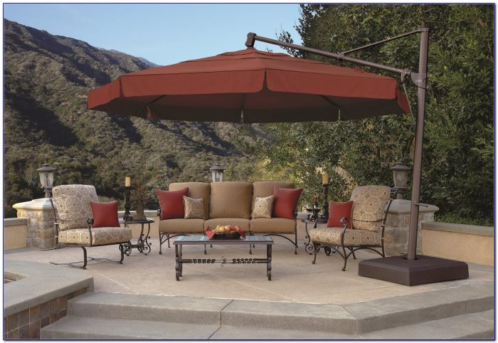 13 Foot Cantilever Patio Umbrella