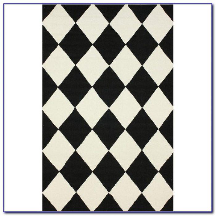 Black And White Checkered Bathroom Rug