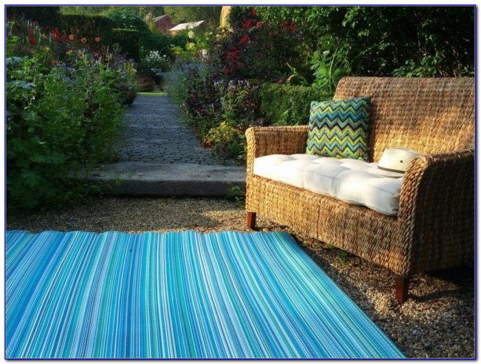 Large Recycled Plastic Outdoor Rugs