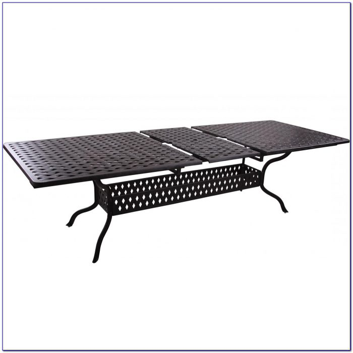 Outdoor Extendable Dining Table Singapore