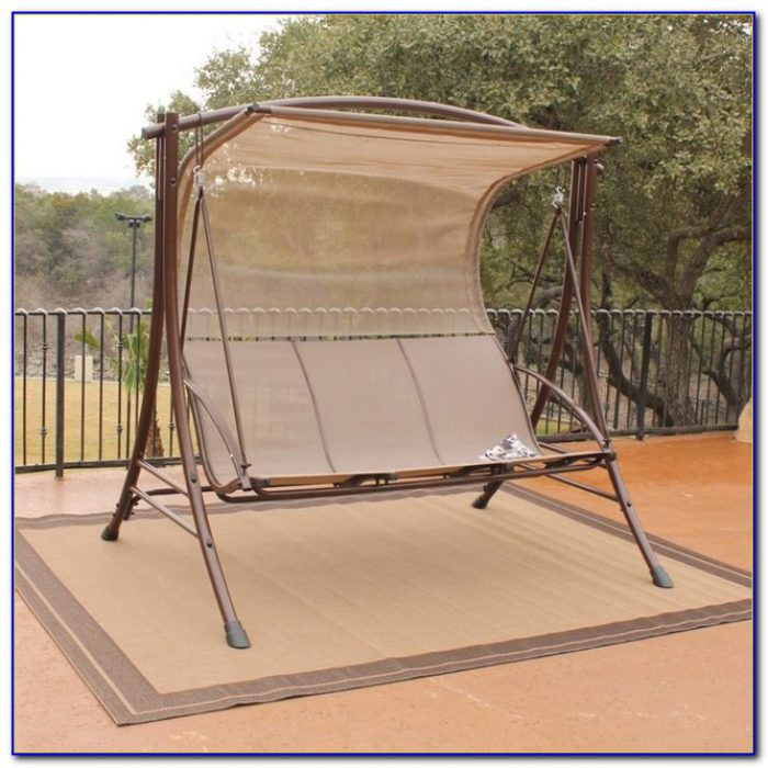 Outside Glider With Canopy