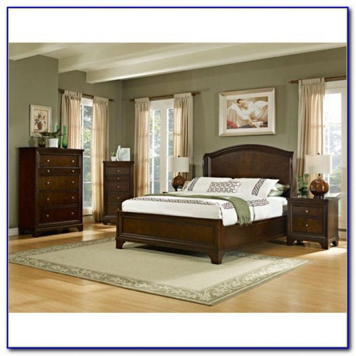 5 Piece Bedroom Set Used