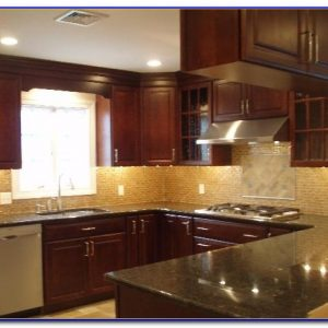 Kitchen Glass Tile Backsplash Installation