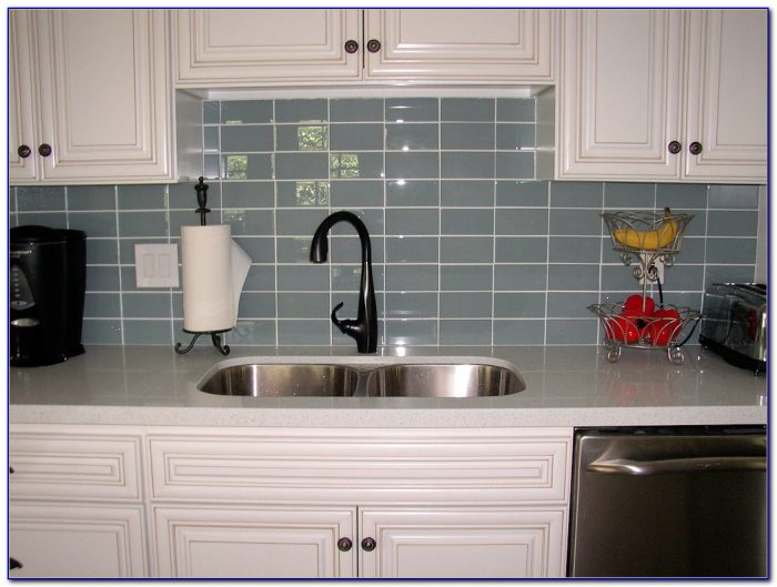 Kitchen Glass Tile Backsplash Patterns