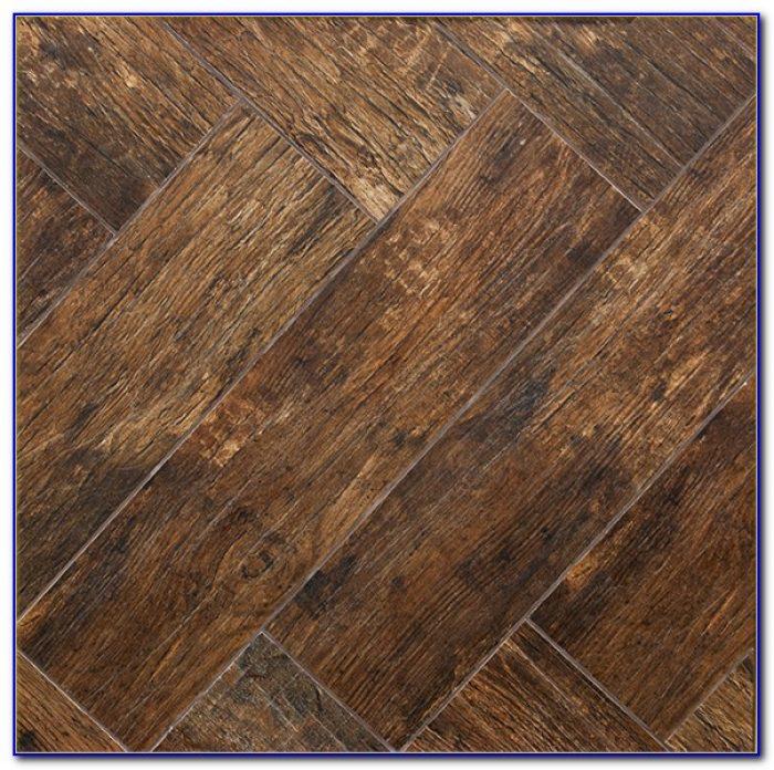 Wood Plank Look Porcelain Tile