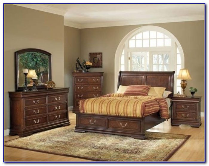 1940 Cherry Wood Bedroom Set