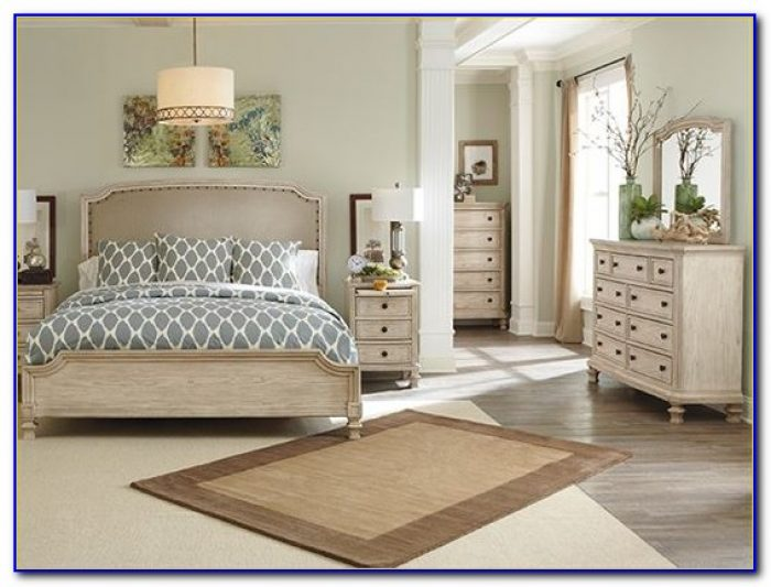 Ashley Furniture Queen Sleigh Bedroom Set