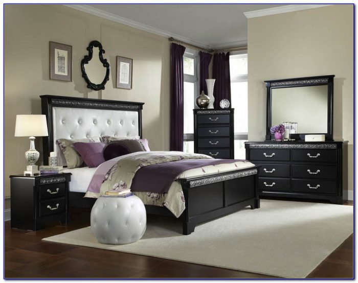 Cal King Upholstered Bedroom Set