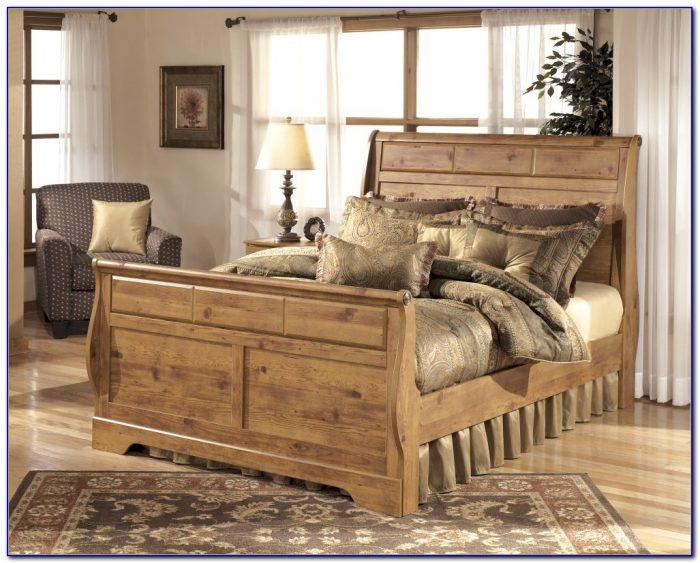California King Sleigh Bedroom Set