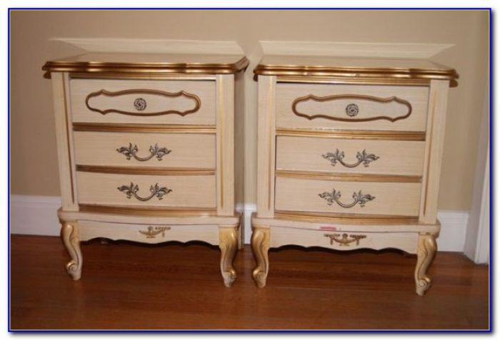 Antique White French Provincial Bedroom Furniture