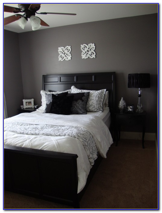 How Do I Decorate My Bedroom Walls