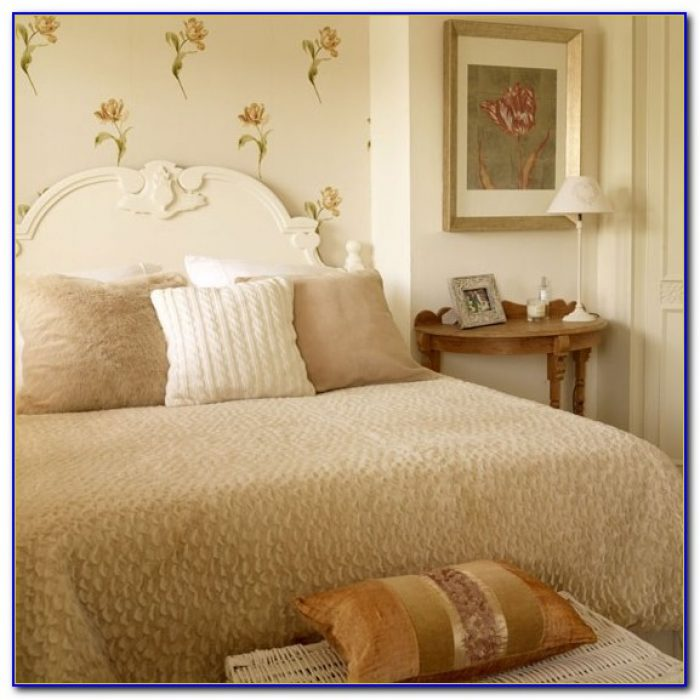 Laura Ashley Bedroom Furniture Set