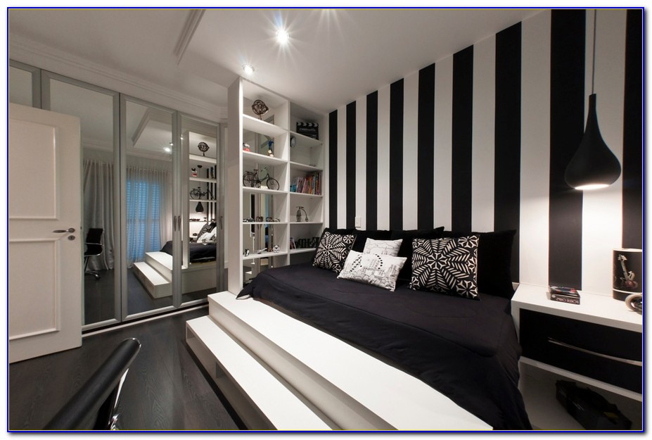 Black And White Striped Wallpaper Bedroom Ideas - Bedroom ...