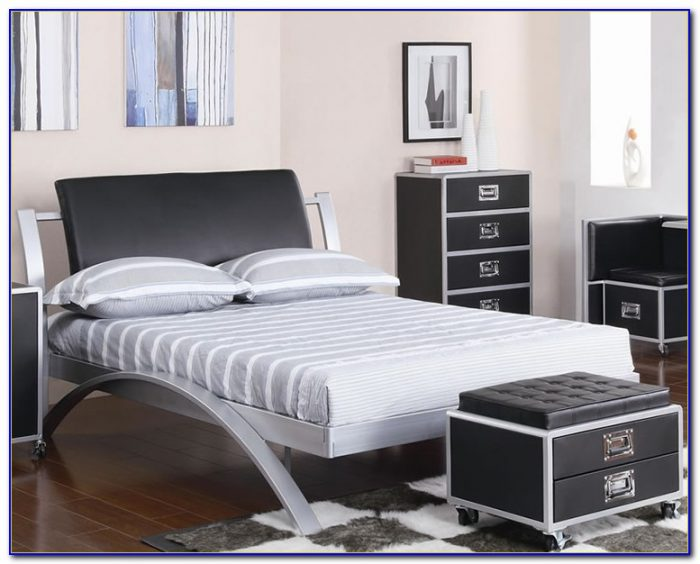 Black Metal Bedroom Furniture