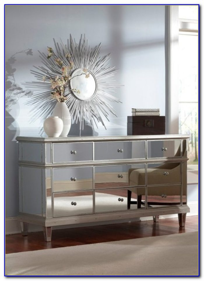 Cream And Mirrored Bedroom Furniture