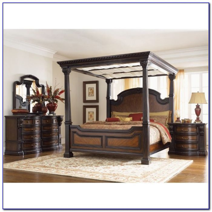 Majestic 8 Piece King Bedroom Set