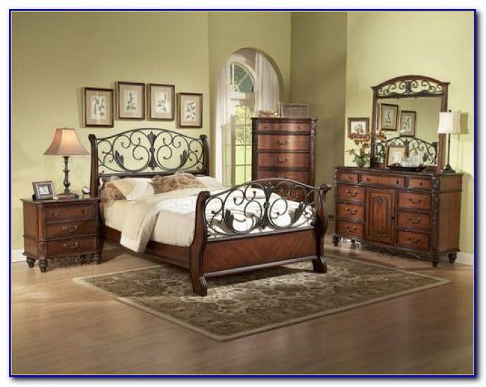 Reclaimed Wood And Metal Bedroom Furniture