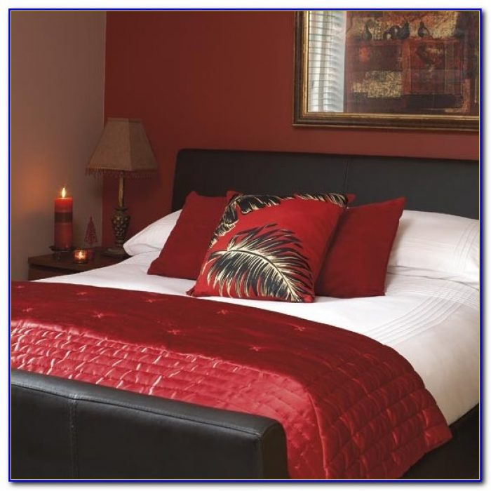 Red Bedrooms Decorating Ideas