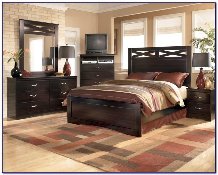 Ashley Signature Design Bedroom Set