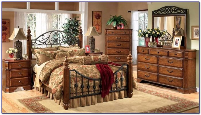 Cindy Crawford Queen Bedroom Set