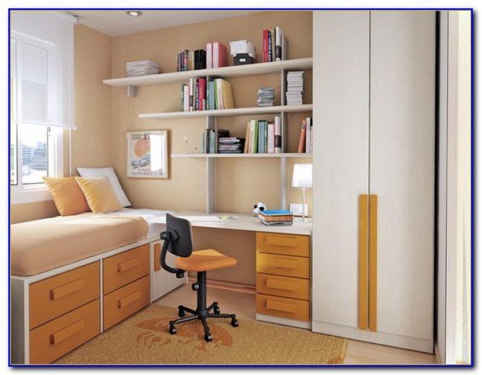 Computer Desk In Small Bedroom