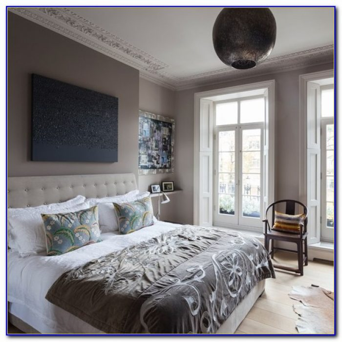 Decorating A Dark Gray Bedroom