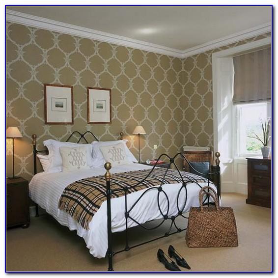 Wallpaper Decorating Ideas Living Room