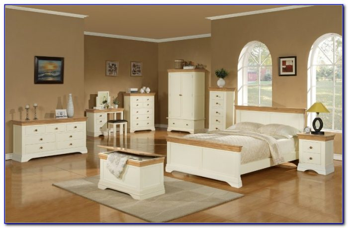 White Wood And Oak Bedroom Furniture