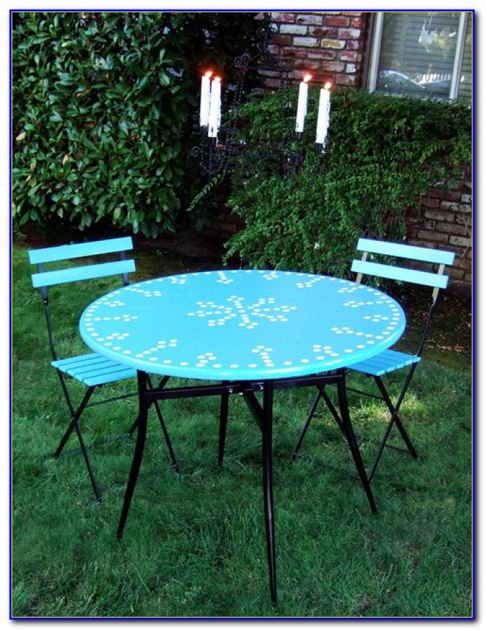 Small Outdoor Bistro Table And Chairs