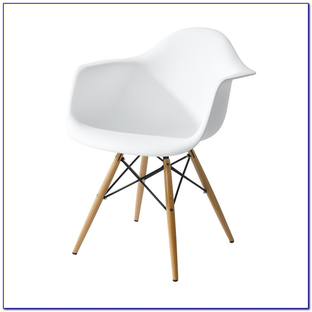 White Bucket Chair With Wooden Legs