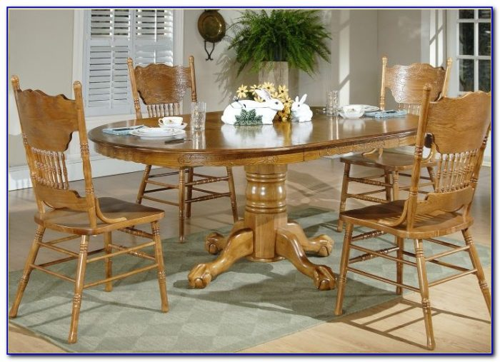 Round White Dining Room Table And Chairs