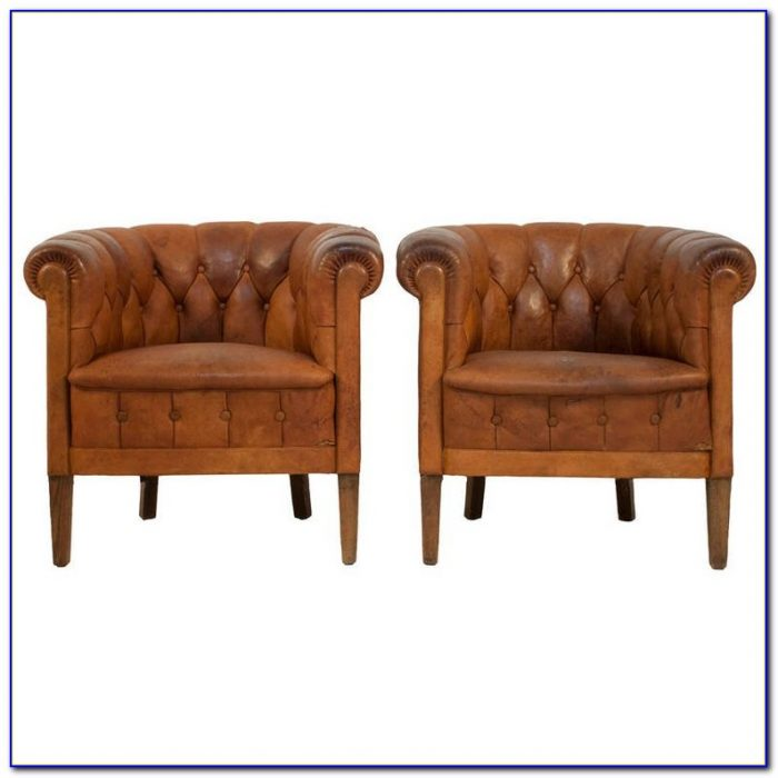 Tufted Black Leather Club Chair