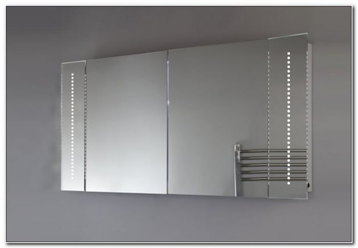 Illuminated Bathroom Mirror Cabinet With Sensor