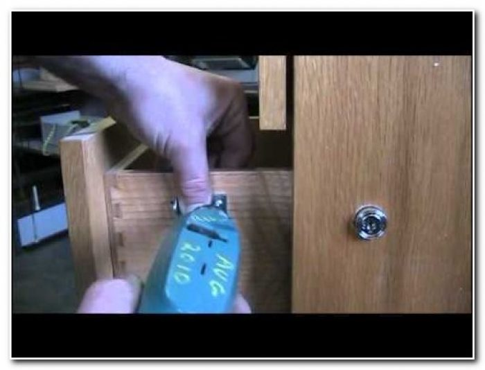 Install Lock Wooden File Cabinet