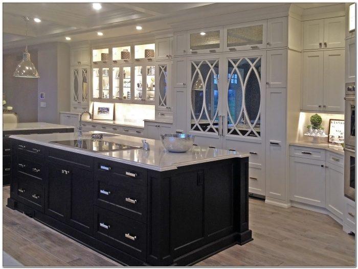 Kitchen Cabinets Des Moines Wa