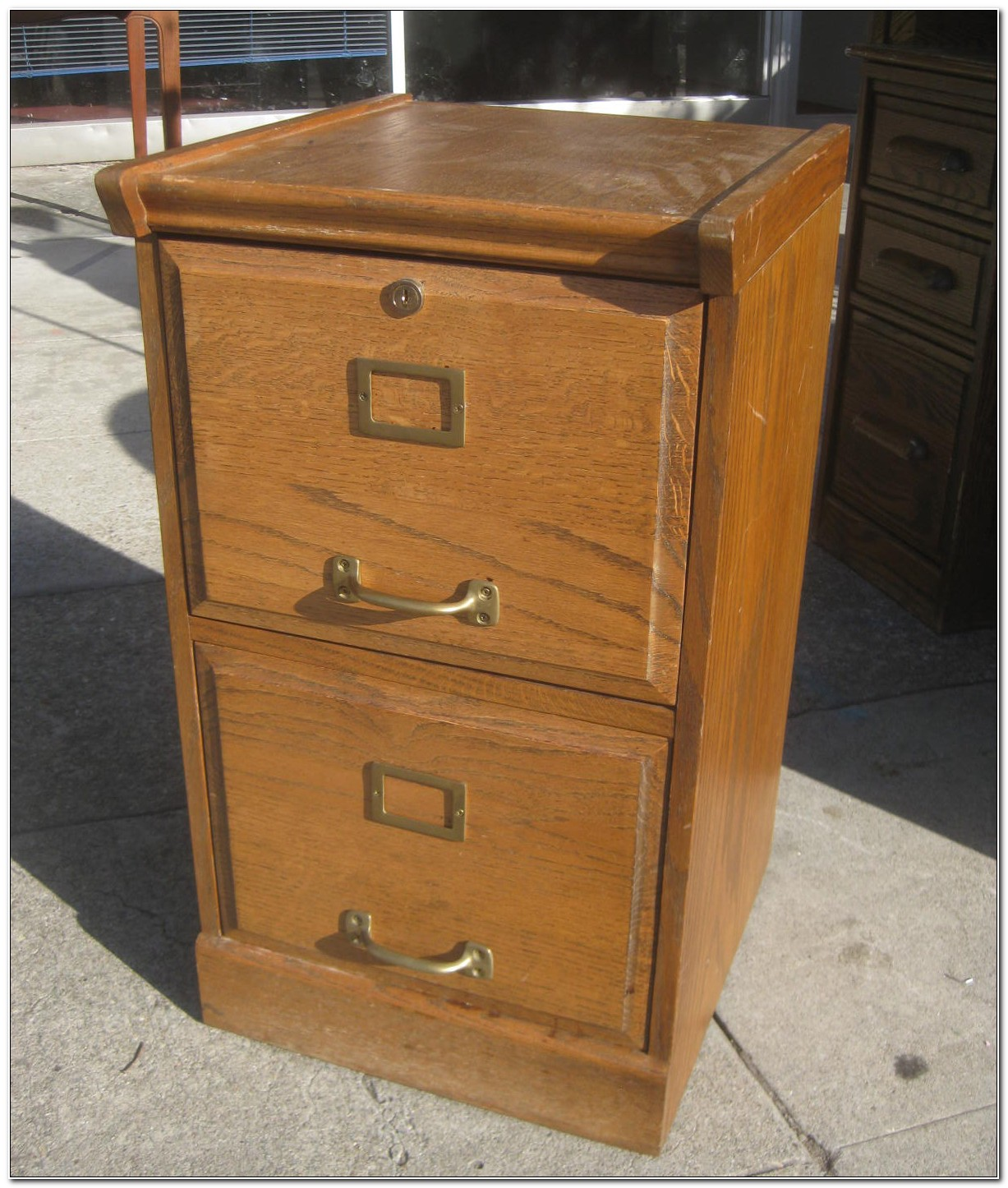 Oak Filing Cabinet 2 Drawer With Lock