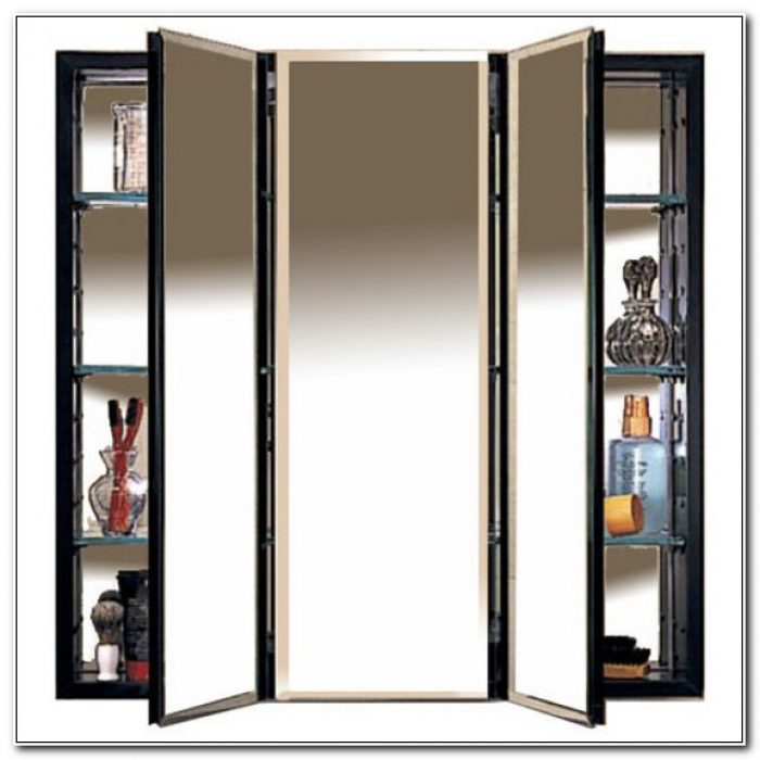 Robern 3 Door Medicine Cabinet