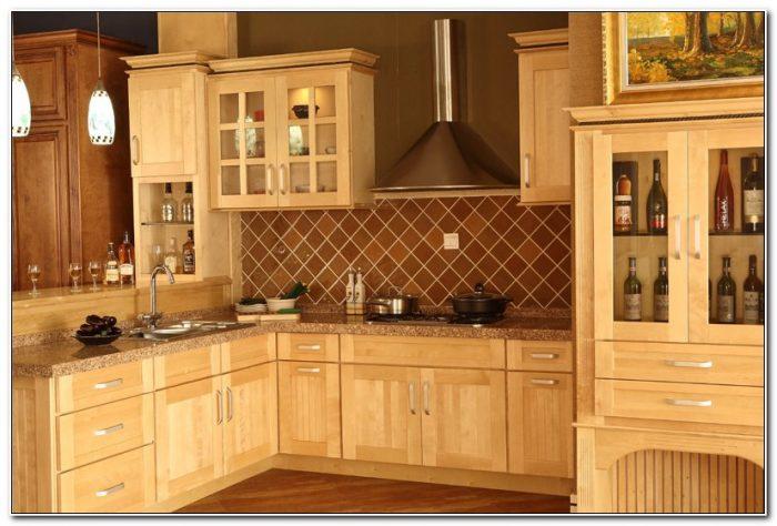 Solid Maple Shaker Kitchen Doors