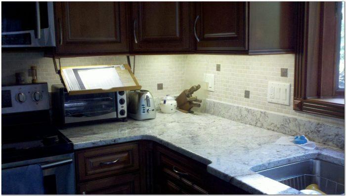 Strip Lights For Under Kitchen Cabinets