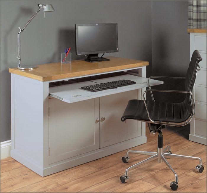Altra Chadwick Collection L Desk